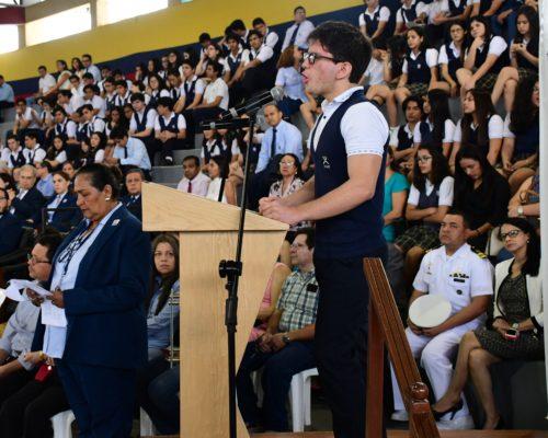 Poema D°a de la Bandera por el alumno Fausto Padilla 2do BGU