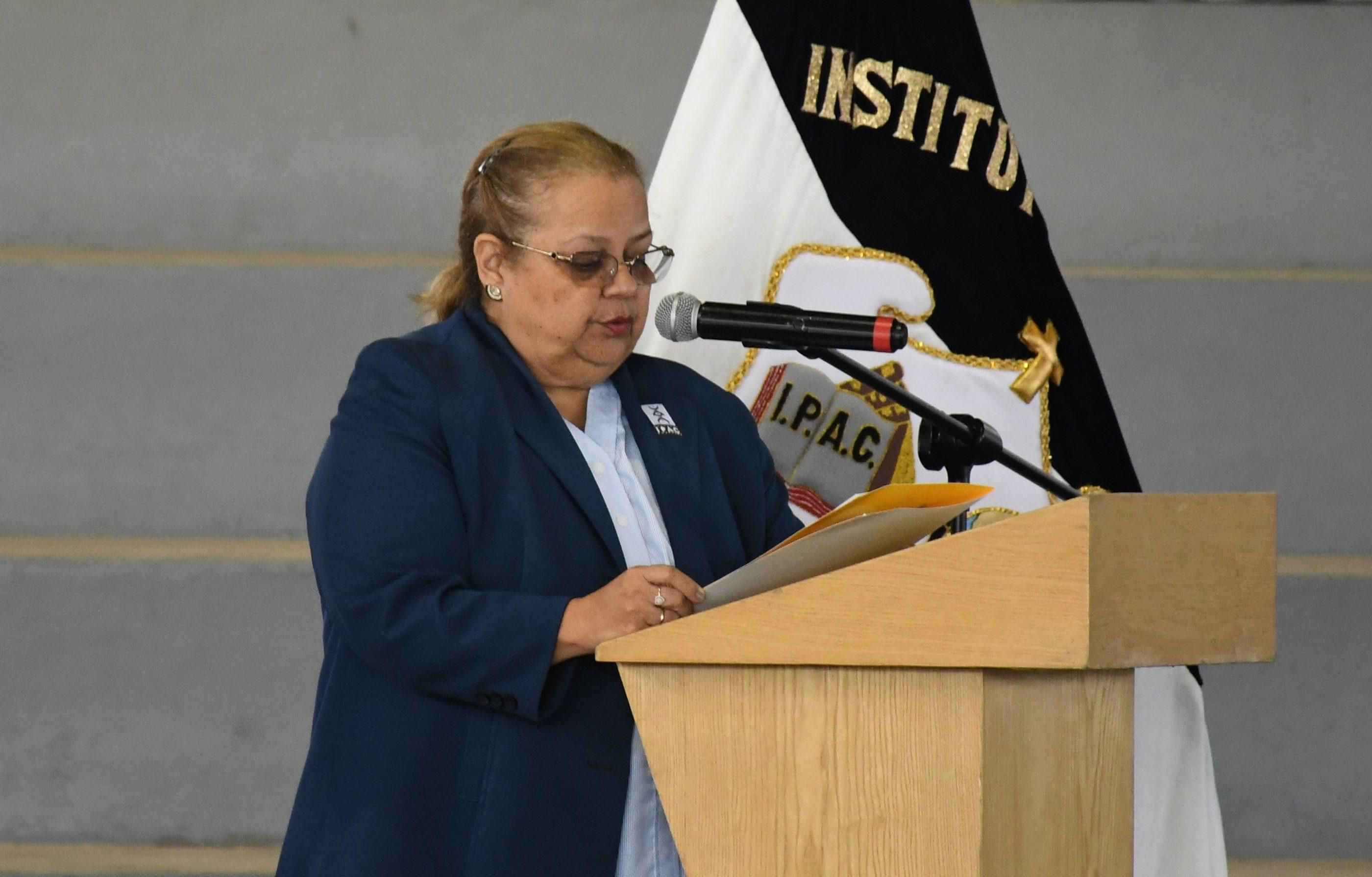 Juramento Colectivo a cargo de la Dra. Patricia Zeas - Rectora