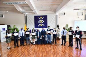 Premiación a estudiantes de robótica y emprenday 2021
